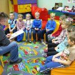 Cara Membacakan Dongeng Agar Bermanfaat Buat Anak