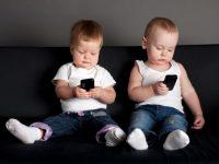 Kapan Anak Dibekali Fasilitas Smartphone