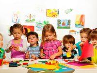 Membimbing Anak Mudah Bergaul dan Percaya Diri