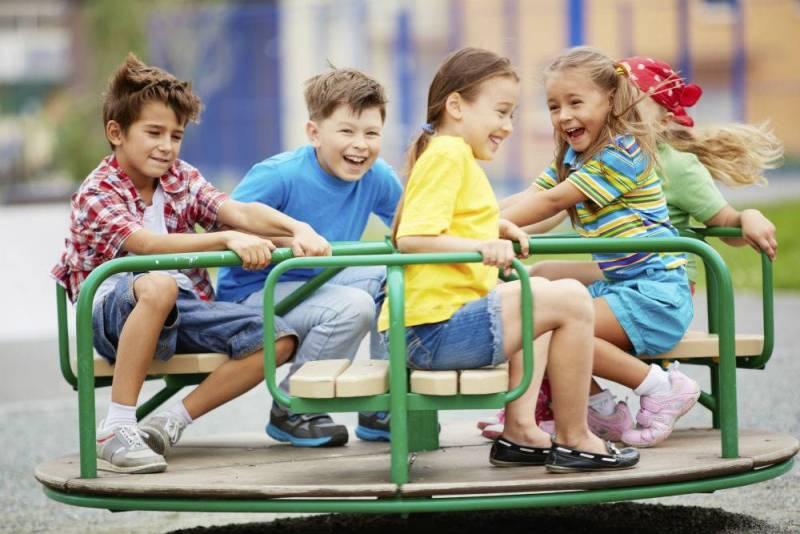 Anak Juga Perlu Berwisata Dengan Teman Sebaya